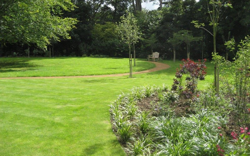 private garden maintenance bucks